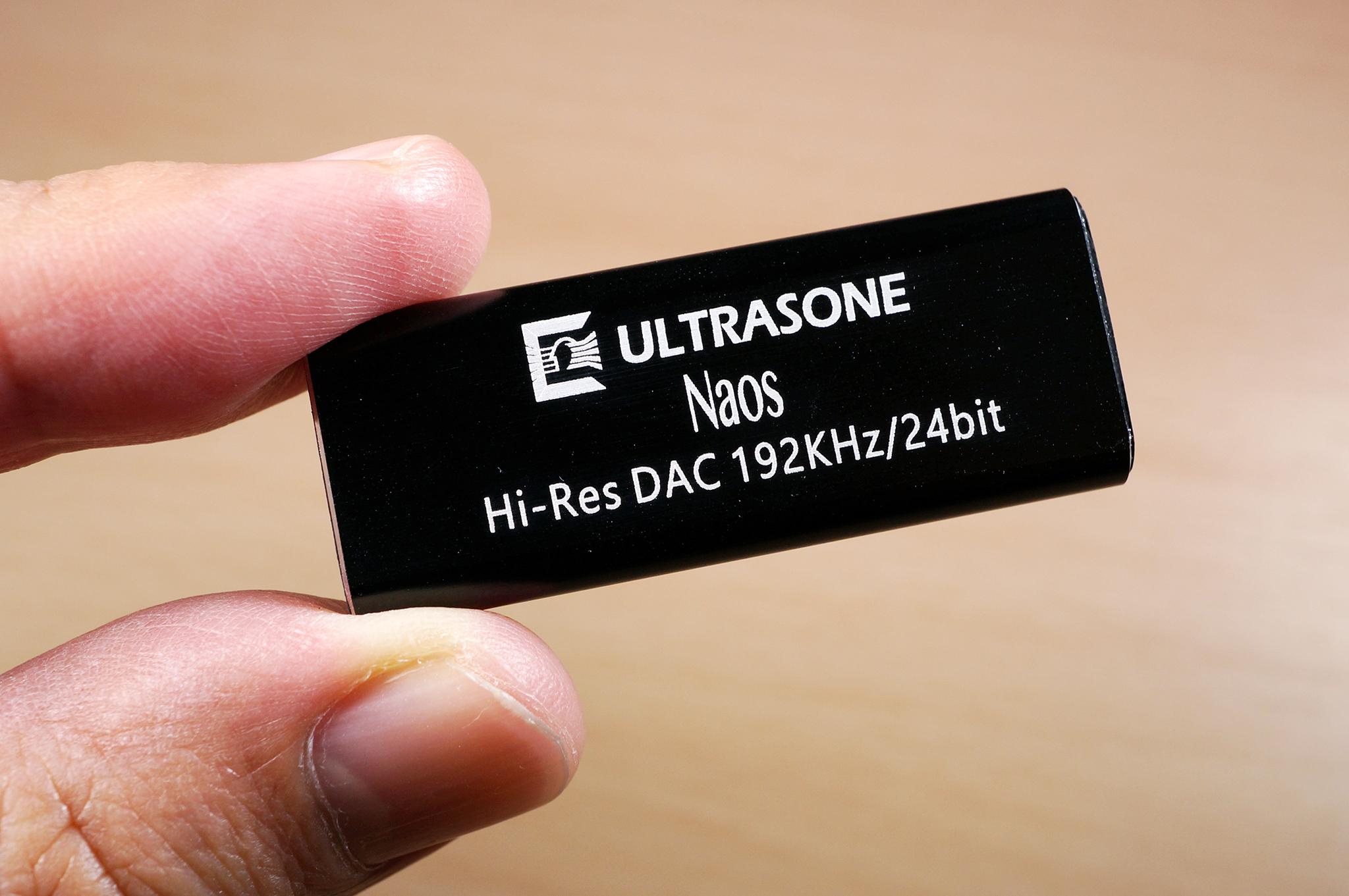 iPhone Xで妥協のない最高のハイレゾ音楽を!超小型で10g以下のUSB DAC!ULTRASONEのNaosがオススメ。